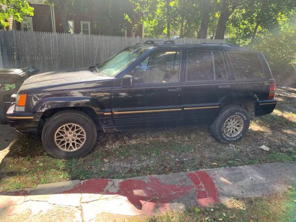Photo 1994 Jeep Grand Cherokee limited - $900 (North falmouth)