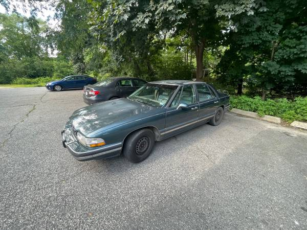 Photo 1995 Buick - $1,000 (Plymouth)
