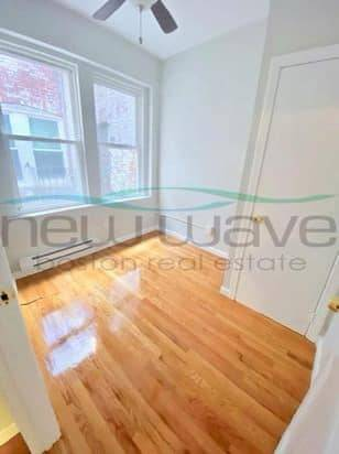 Photo 1BR Sunny North End Apt for Sublet (BOSTON NORTH END)
