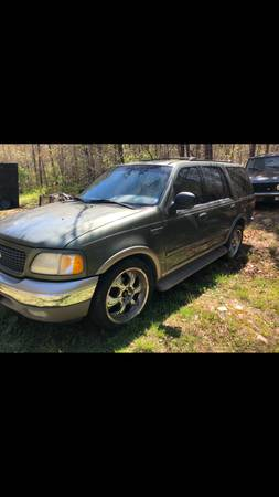 Photo 2000 Ford Expedition Eddie Bauer Edition - $1200 (Falmouth)