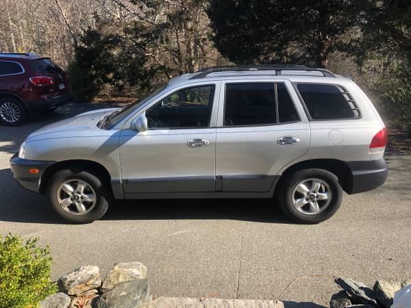Photo 2005 Hyundai Santa Fe - $2700 (Bourne)