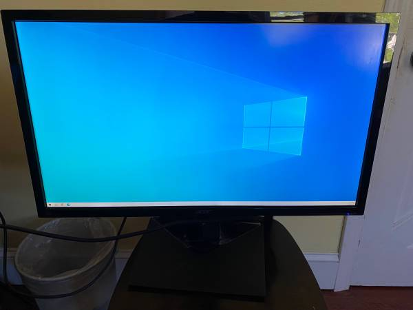 Photo Acer 28 inch 4k Monitor - $160 (Quincy)
