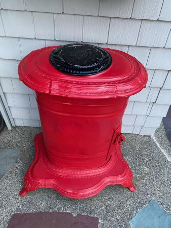 Photo Antique Cast Iron STOVE, living room stove, side table, conversational - $175 (Buzzards bay)