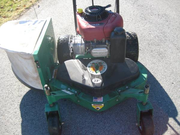 Photo Billy Goat 33 Commercial Walk Behind Mower - $1,395 (Dartmouth MA)
