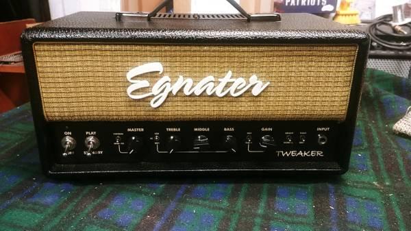 Photo Egnater Tweaker 15-Watt - $350 (South Dennis)