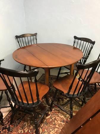 Photo Hitchcock Furniture - $695 (West Dennis)