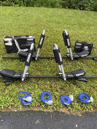 Photo Thule SUV Rack System - $450 (Plymouth, MA)