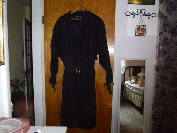 Photo Trench Coat with Zip in Lining - $25 (E. Falmouth)