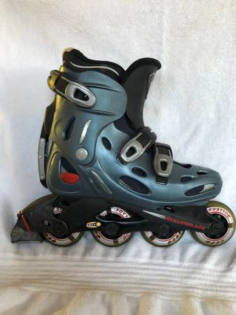 Photo Womans size 8.5 Roller Blades - $10 (Bourne)