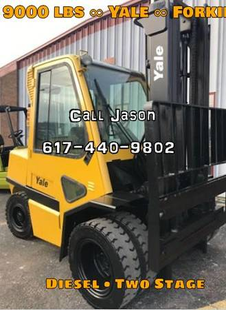 Photo Yale Forklift Two Stage (Boston)