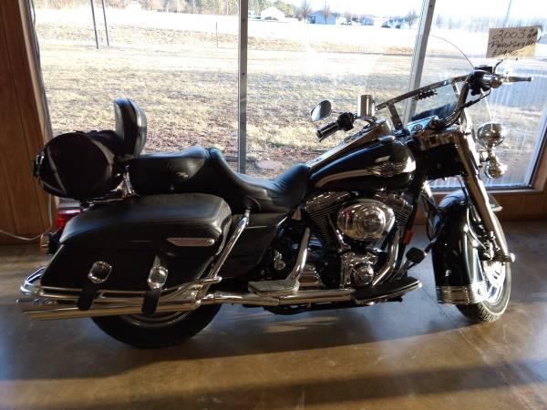 Photo 100th anniversary edition Harley Davidson - $5500 (Percy)