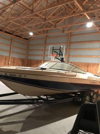 Photo 1988 Cobalt Ski Boat - $8000 (McLeansboro)
