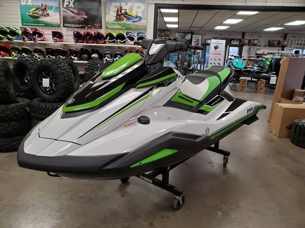 Photo 2020 Yamaha WaveRunner FX HO 1812 cc - $13699 (www.goodguysmotorsports.com)