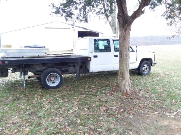 Photo 95 Chevy 3500 parting out - $1 (Lawrenceville)