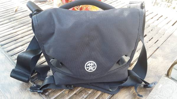 Photo Crumpler - Five Million Dollar DSLR bag - $30 (Valley Park)