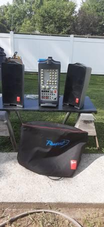 Photo FENDER PASSPORT 500W PORTABLE PA SYSTEM, PN 069-1001 - $250 (Pinckneyville)