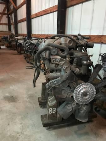 Photo Ford 300 6 cylinder engine 1994 - $250 (Pocahontas Illinois)