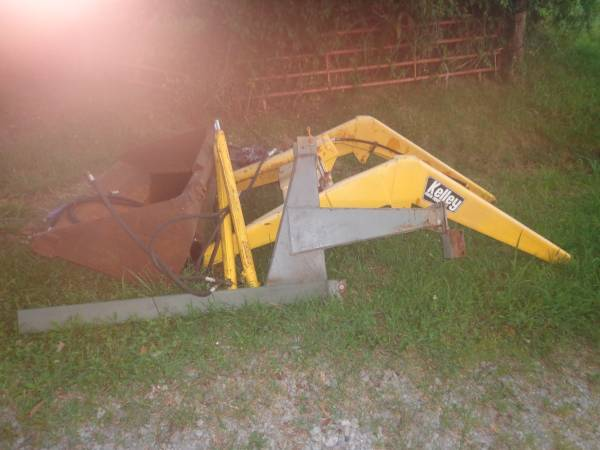 Photo Kelly Front End Loader - $950 (Vienna, IL)