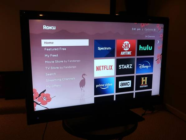 Photo Mint Condition TCL 40quot HDTV with ROKU - $145 (Mount Vernon)