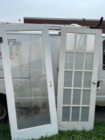 Photo Pair of glass doors - $150 (Saint Louis)