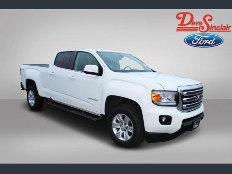 Photo Used 2017 GMC Canyon 4x4 Crew Cab SLE for sale