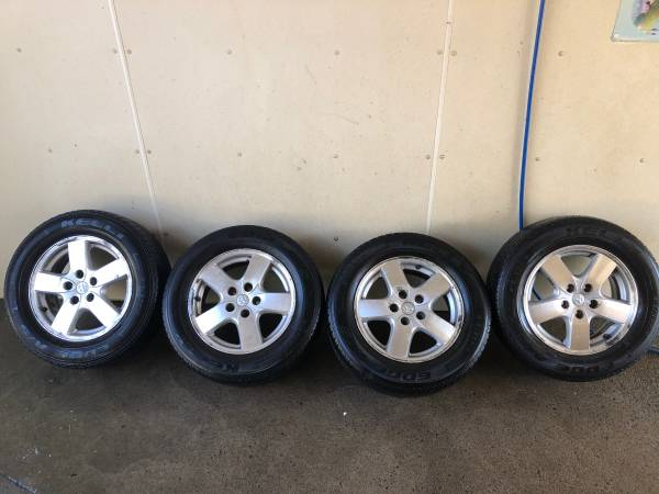 Photo WheelsTires (05 Dodge Grand Caravan SXT) - $215 (Marion)