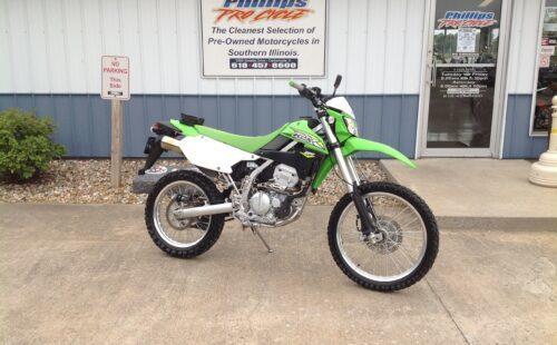Photo Used 2018 Kawasaki Dirt Bike Motorcycle  $4495