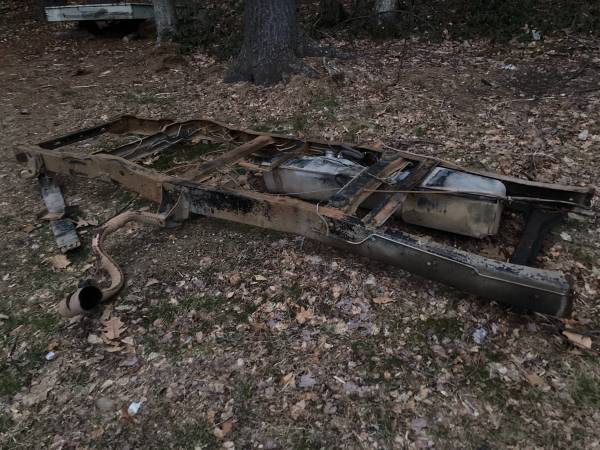 Photo 1973-1979 Ford F100150 2x4 clean California partial frame - $175 (Winsted)