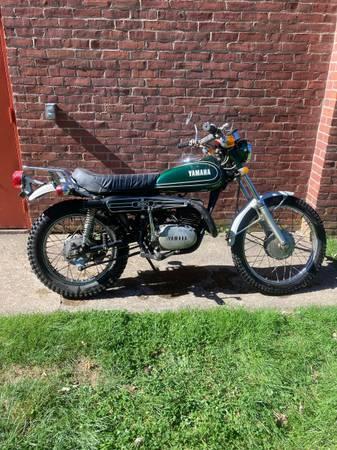 Photo 1973 DT-250 Yamaha - $5,000 (Hamden Ct.)