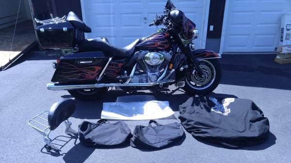 Photo 2005 Harley Davidson Electra Glide Standart - $8,000 (Gloversville)