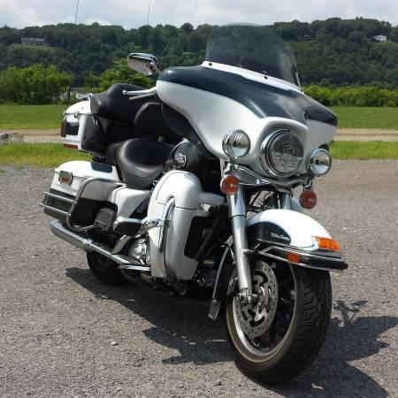 Photo 2008 Harley-Davidson Ultra Classic Electra Glide FLHTCU - $11,999 (Red Hook Dutchess County NY)
