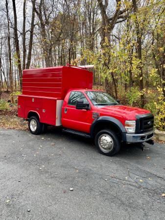 Photo 2009 FORD F550 REG CHAS CAB 4X4 V8 TDSL DRW 6.4L XL WITH ENCLOSED UTIL - $25,999 (Monroe)