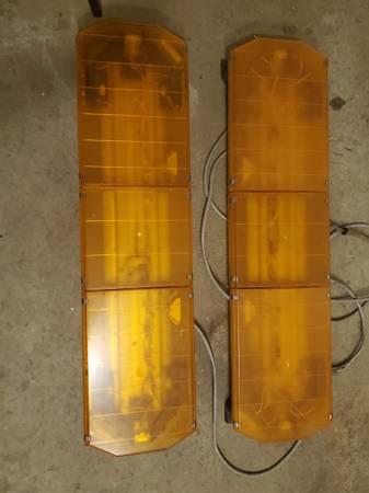 Photo 47quot Code 3 Amber Light Bars - $175 (Delmar)