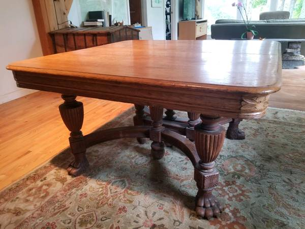 Photo Antique Empire19th Century Oak Clawfoot Dining Table - $150 (Phoenicia, NY)