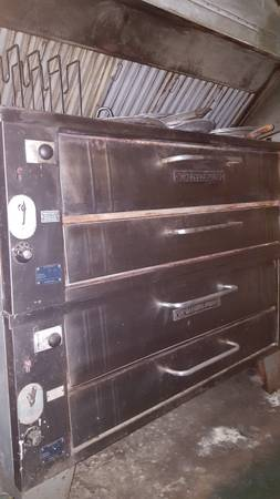 Photo Double Deck Bakers Pride Pizza Oven - $3700 (Grahamsville, NY)