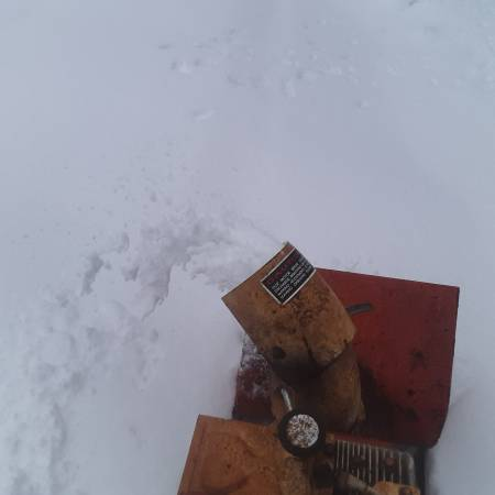 Photo Gilson 18 inch cut two stage snow blower - $95 (Liberty ny)