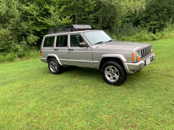 Photo Jeep Cherokee  Best offer or Trade - $2,500 (Liberty)