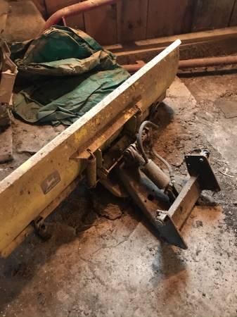 John deere 54 snow plow - $300 (Walton)