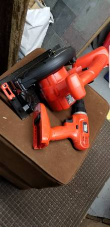 Photo Never used black and decker 18 volt power tool set - $30 (Montgomery ny)