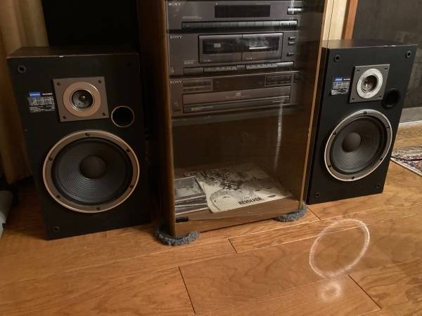 Photo PIONEER CS-A1000 SPEAKERS VINTAGE AND SOUND AWESOME - $60 (New Windsor)