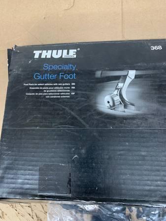 Photo Thule 368 (300 series) Rain gutter roof rack - $150 (Springfield)