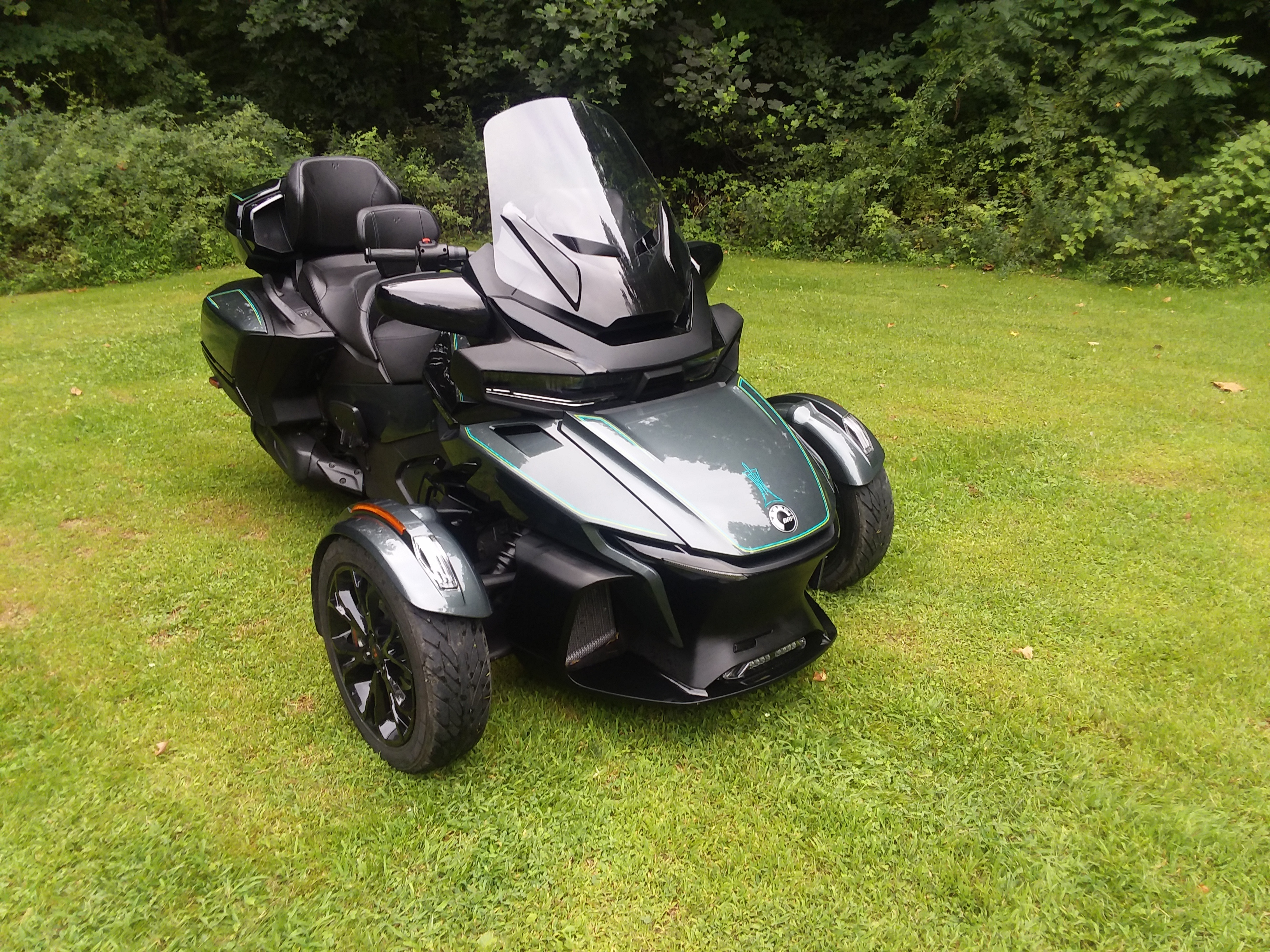 Photo Used 2021 Can-Am Trike Motorcycle  $26750