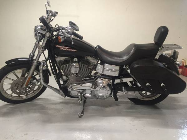 Photo 2005 Harley Davidson Dyna Super Glide $8500Offer - $8,500 (NE Cedar Rapids)