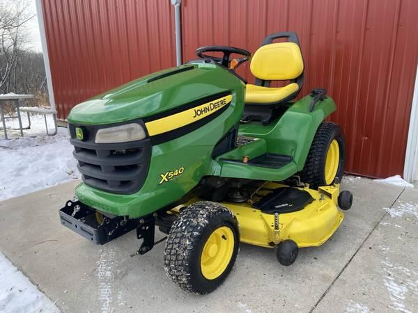Photo 2009 John Deere X540 garden tractor 54 deck 654 hours - $3,399 (shueyville)