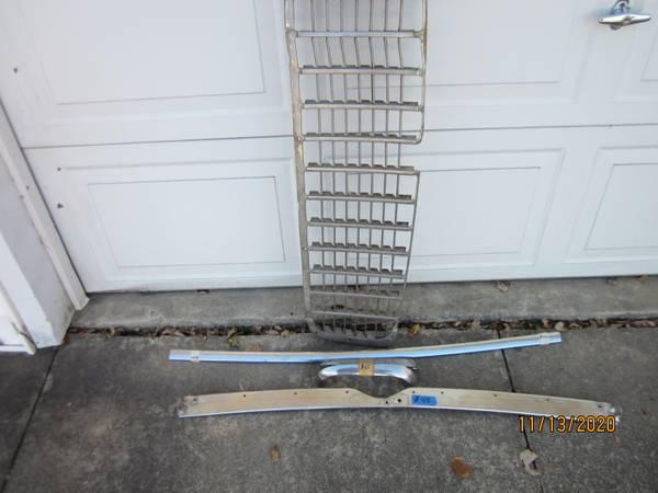 Photo 55 Chevy parts - $50 (Cedar Rapids)