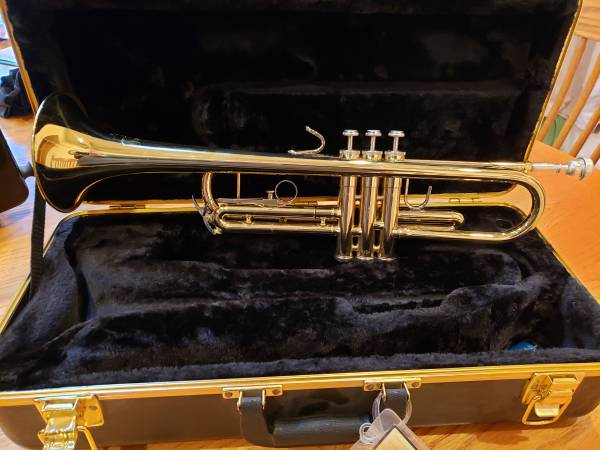 Photo Bach Soloist Trumpet - $300 (WALFORD)