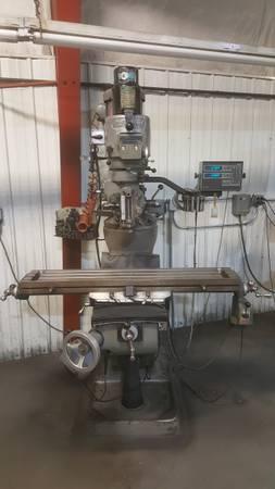 Photo Bridgeport Milling Machine - $8,900 (BELLE PLAINE)