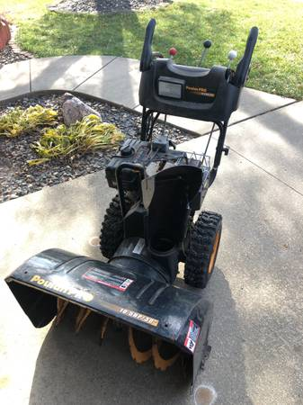 Photo For sale two stage snow thrower (Marion)