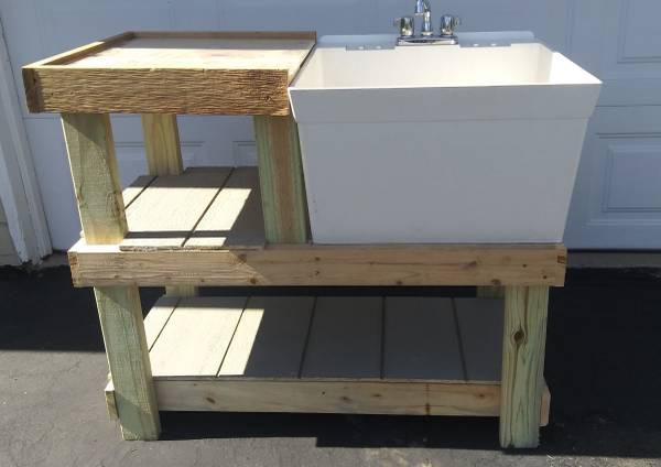 Photo Laundry  Utility Sink - $50 (Cedar Rapids)
