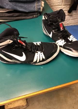Photo Nike Freeks Wrestling Shoes (9.5) - $65 (Cedar Rapids)